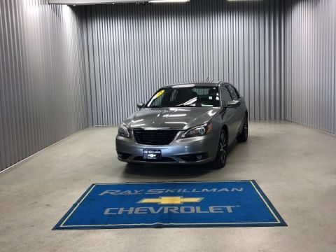 Pre-Owned 2011 Chrysler 200 4dr Sdn S