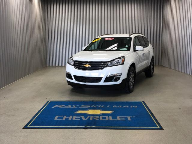 Pre-Owned 2017 Chevrolet Traverse FWD 4dr LT w/2LT