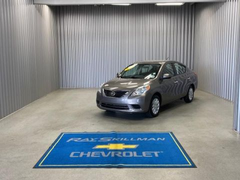 Pre-Owned 2014 Nissan Versa 4dr Sdn CVT 1.6 SV